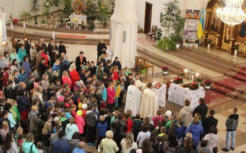 Початок навчального року в катехитичній школі святого Володимира у Новому Роздолі