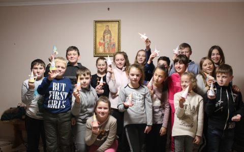 """""""Saint Nicholas Day"""" – англомовний табір для дітей парафій сіл Іванівці та Туради"""