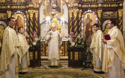 Владика Тарас очолив Різдвяні богослужіння у катедральному храмі