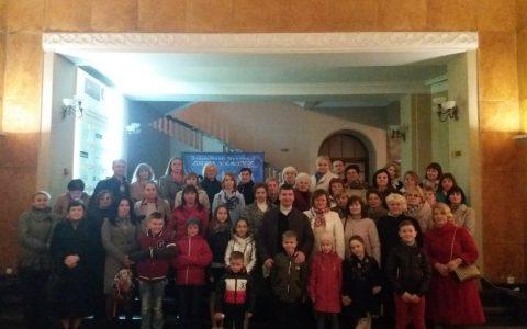 Миколаївчани відвідали виставу «Ісус – Син Бога живого»