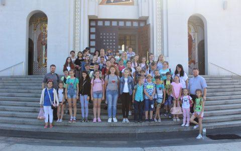 Духовно-пізнавальна мандрівка дітей з Нового Роздолу до Києва