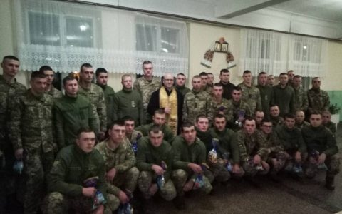 св. Миколай завітав до військових у Стрию