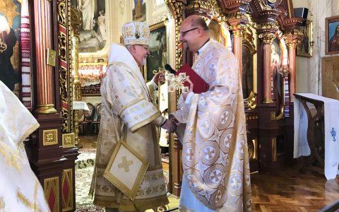 Владика Тарас привітав о. Володимира Ждана з ювілеєм